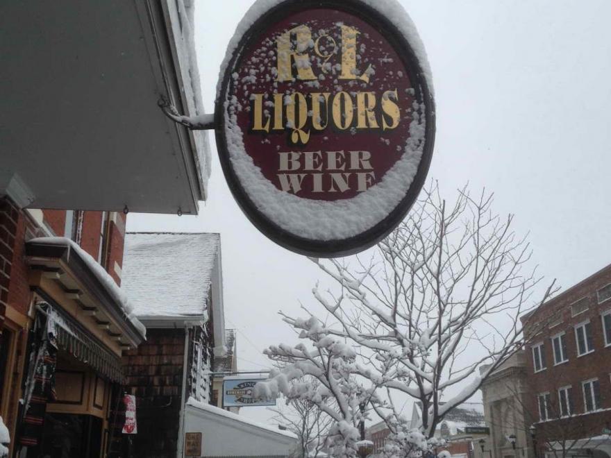 R&L Liquors
