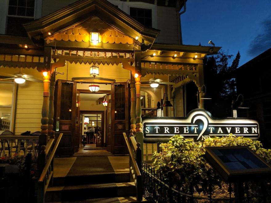 2nd Street Tavern