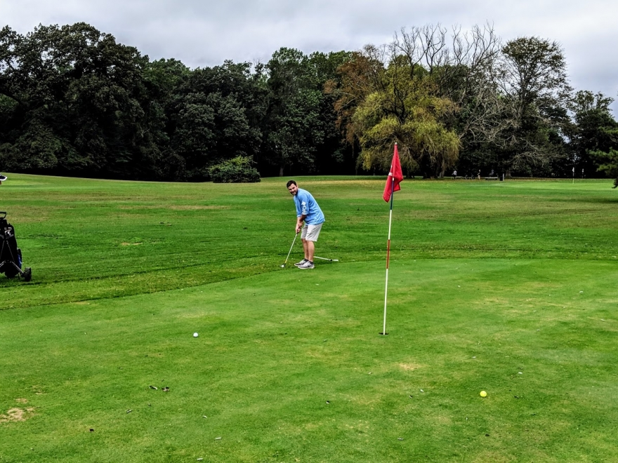 Midway Par 3 Golf Course